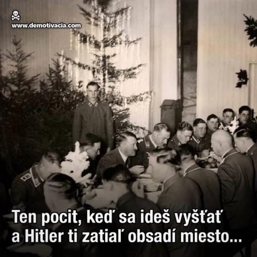 Ten pocit, keď sa ideš vyšťať a Hitler ti zatiaľ obsadí miesto